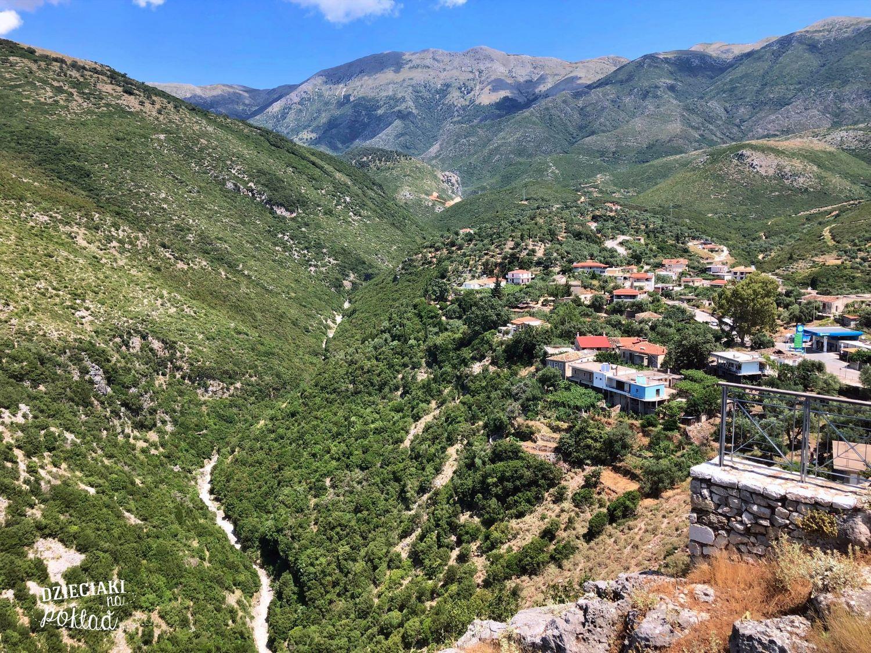 Albania - widok z twierdzy w Himarze