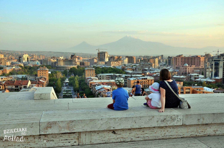 Podróże z dziećmi - Erywań, Armenia