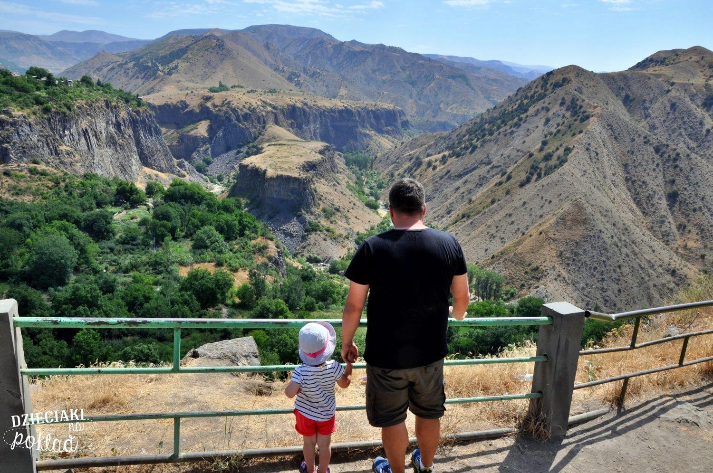 Podróże z dziećmi - Armenia